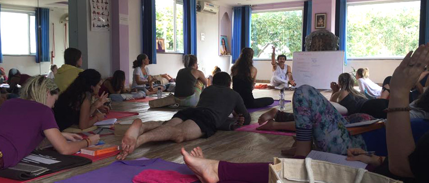 100 Hour Yoga Teacher